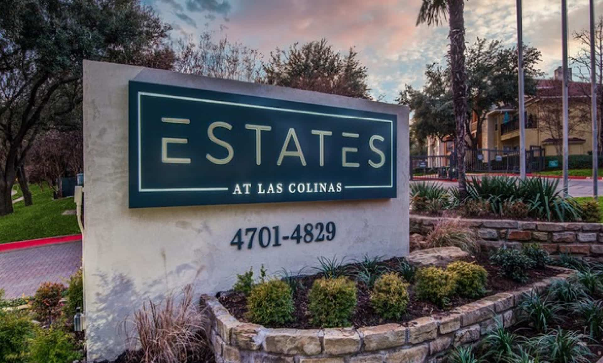 Estates at Las Colinas