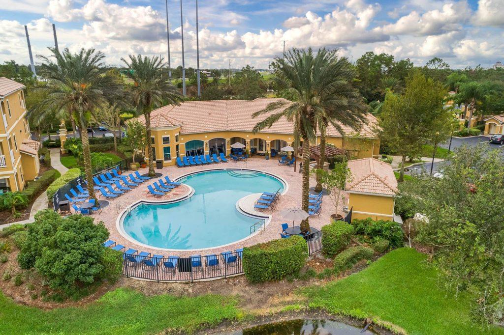 9000 Ave Pointe Cir, Orlando, FL 32821